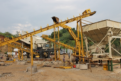 Stone Crusher erection 1